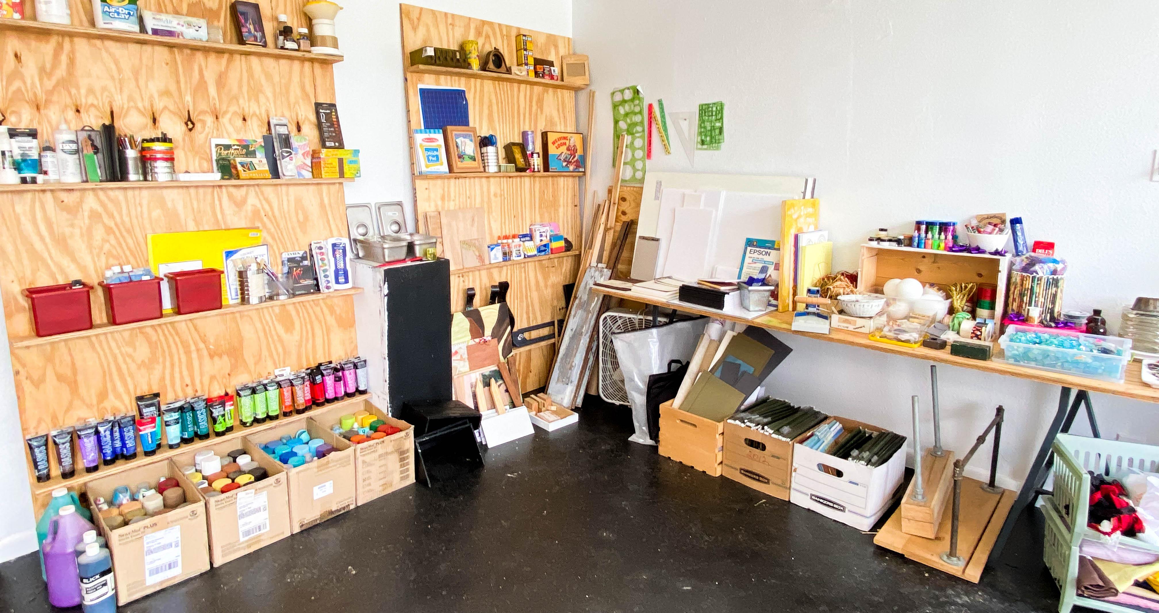 Sunshine Supply Sale & Lemonade Stand